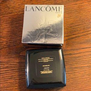 Lancôme Dual Finish Foundation